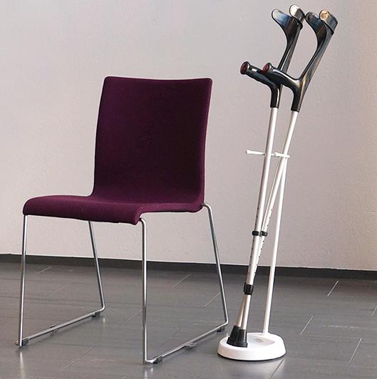 YSTAND floor rack for forearm crutches